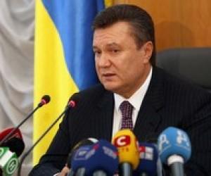 Янукович обіцяє вчителям спеціальну премію