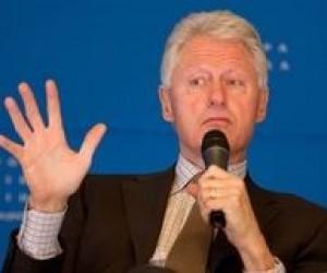 Білл Клінтон закликає українських студентів більше вчитися