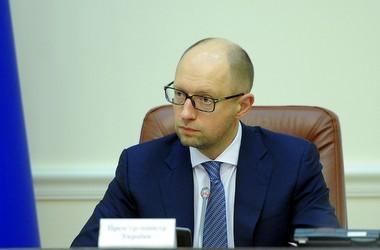 """Усі норми закону """"Про освіту"""" залишено, - Яценюк"""