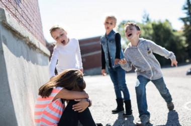 Цькування в школі: вихід є завжди